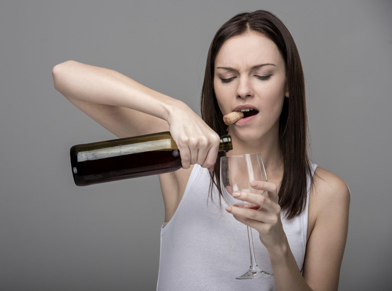женщина алкоголик